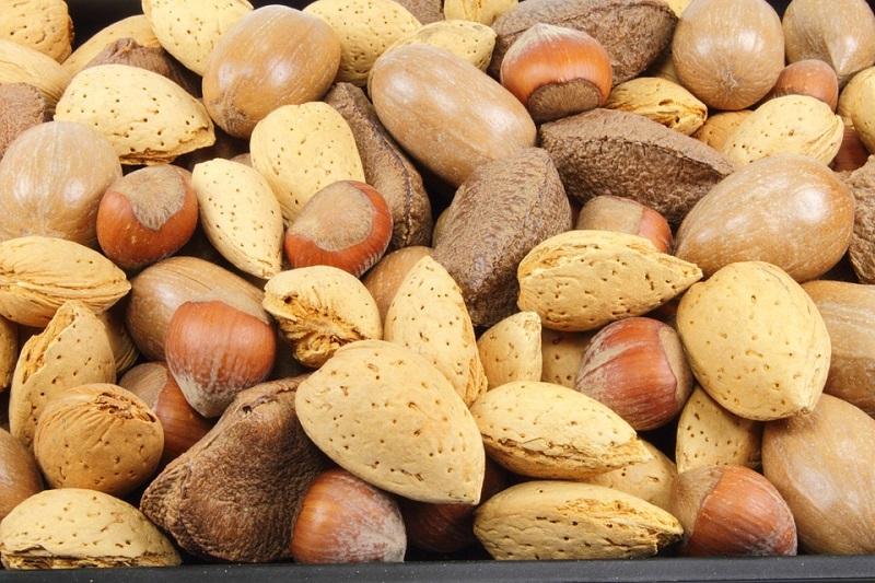 almendras saludables y frutos secos