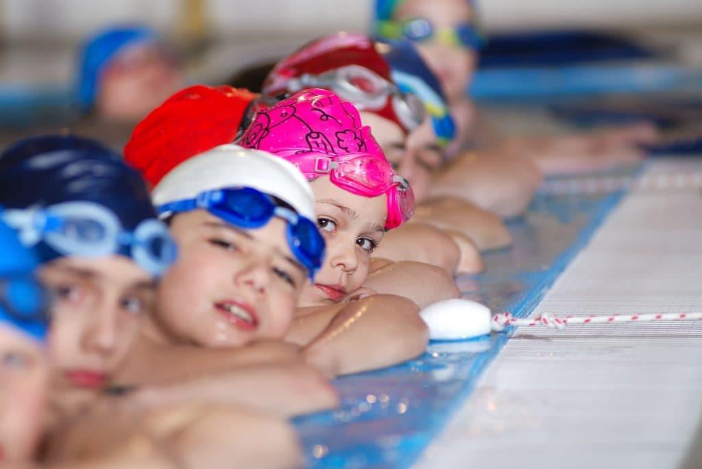 niños y beneficios de la natación