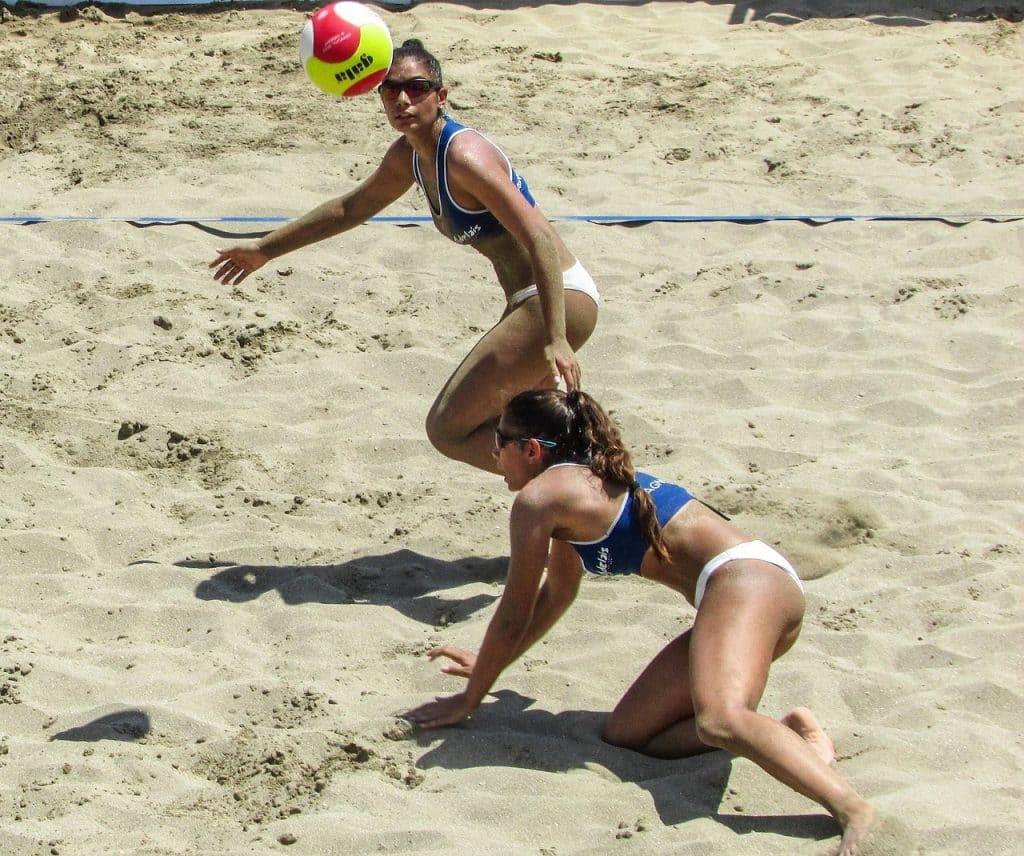 Voley playa, el juego del verano