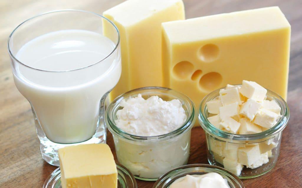 alimentso que se pueden descomponer fácilmente por bacterias