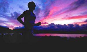 running minimalista hombre