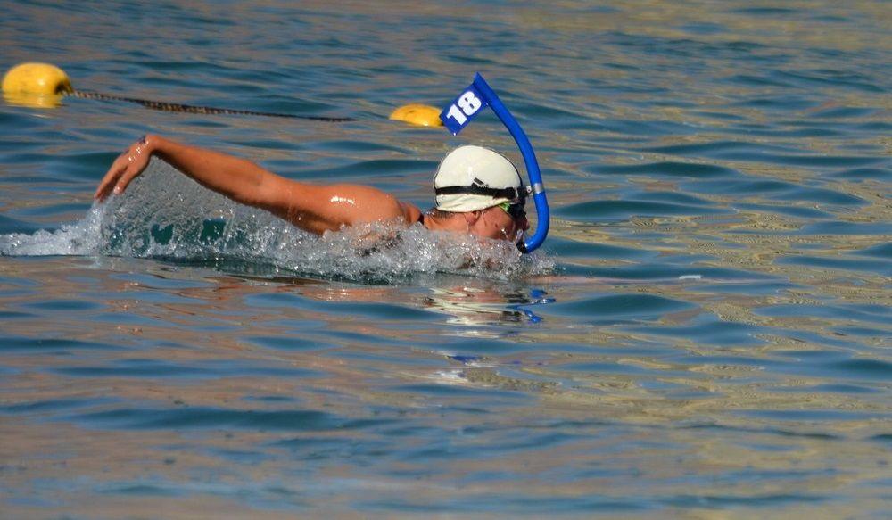 consejos para nadar en aguas abiertas