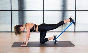 10 ejercicios con bandas de resistencia para tonificar todo el cuerpo
