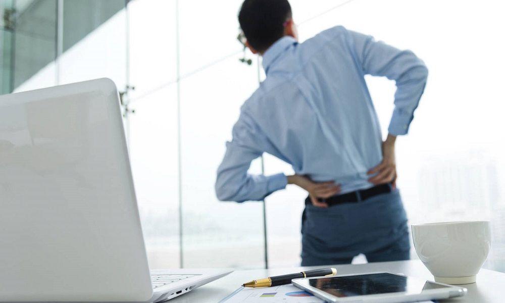 8 ejercicios para aliviar el dolor de espalda muy fáciles de hacer