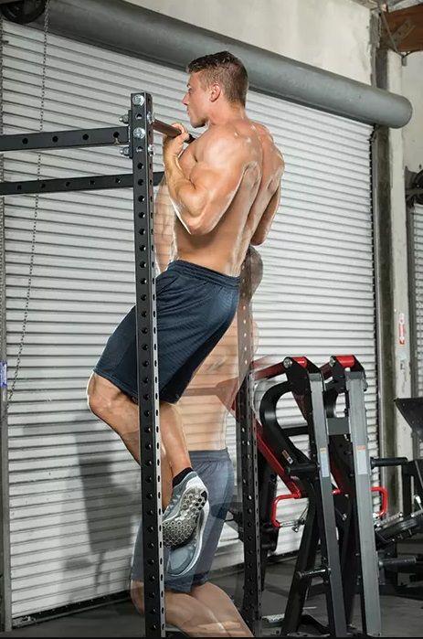Levantamiento de cuerpo sobre barra