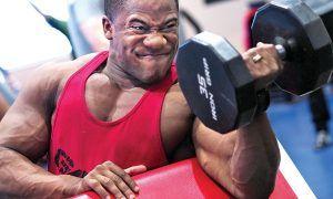 combinación de series y repeticiones para ganar músculo
