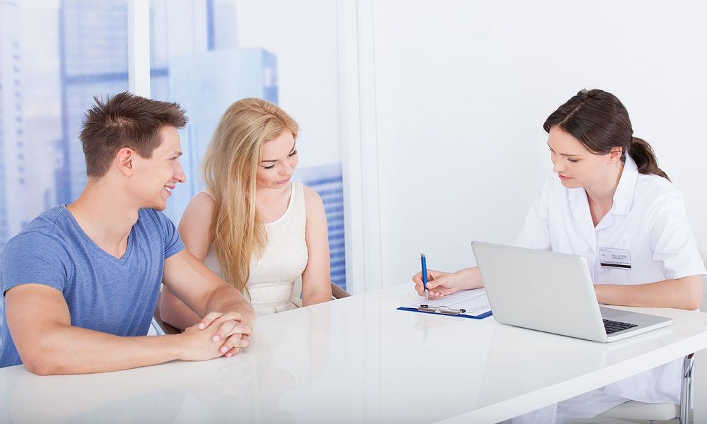 Contratar un seguro médico
