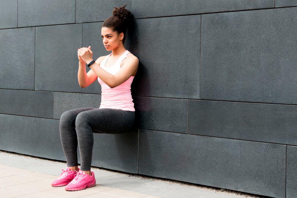ejercicio isométrico sentadilla