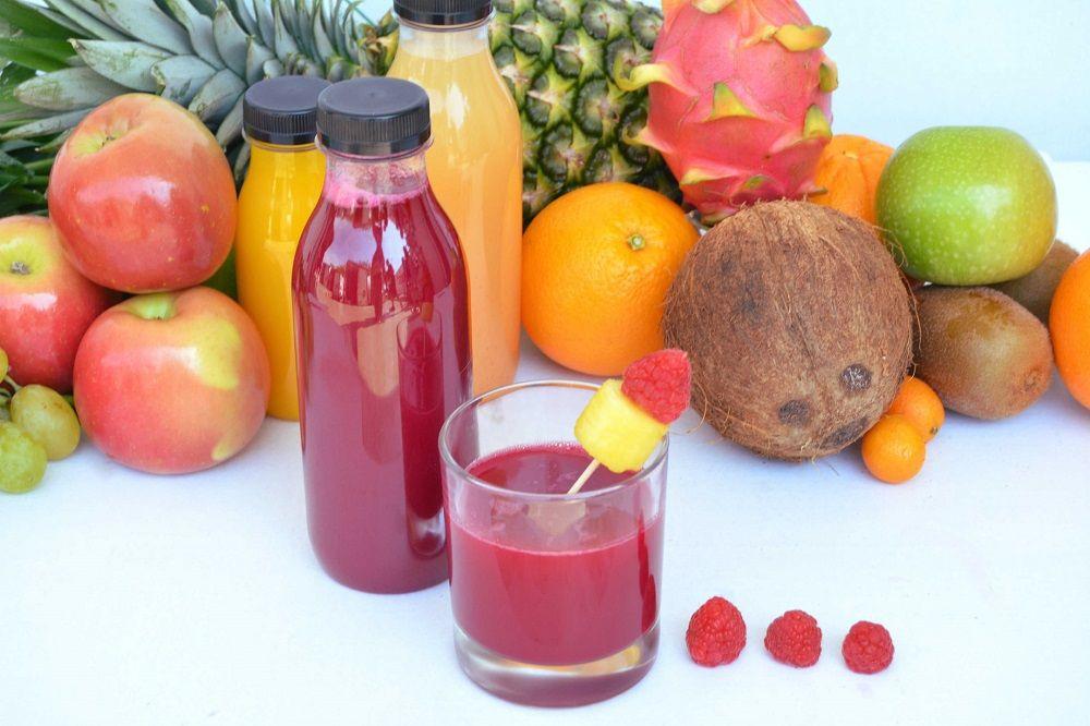 Comer fruta entera o en zumo