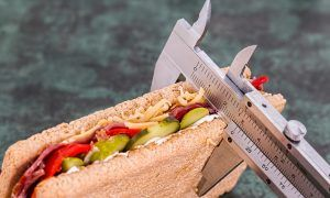 ¿Cuántas calorías al día hay que quemar para adelgazar?