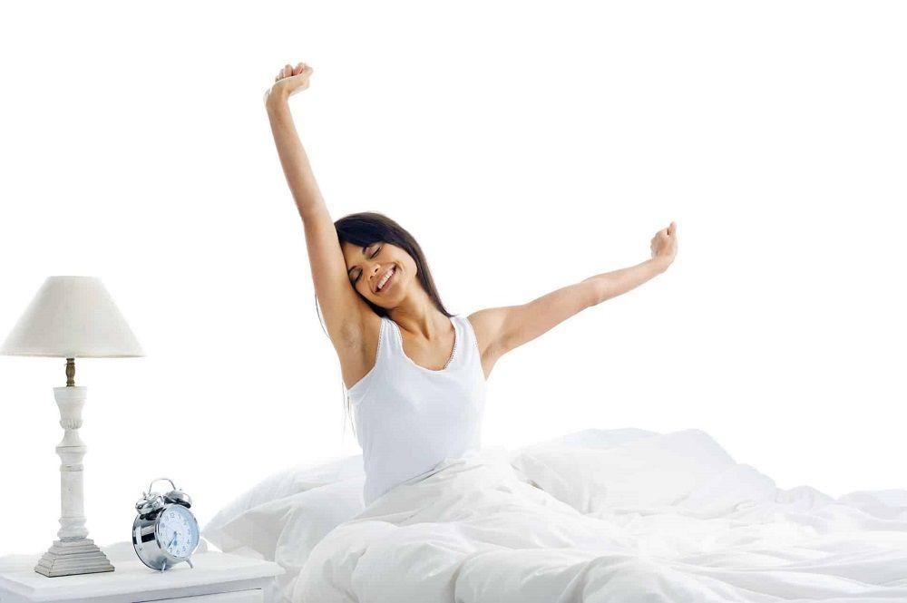 Dormir en una cama articulada