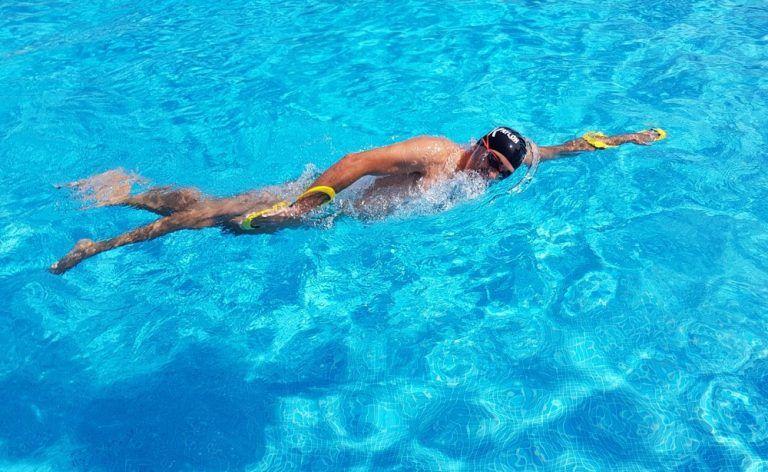 rolido en natación