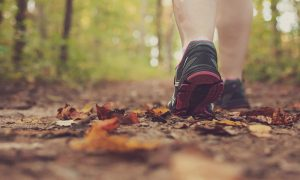 convertir tu caminata diaria en un buen entrenamiento