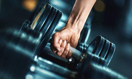 Hacer cardio antes o después de las pesas