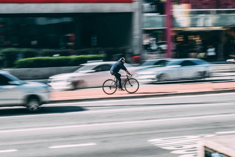 Ir al trabajo en bici o andando también tiene riesgos
