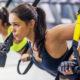 ejercicios de pecho con TRX