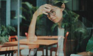 Qué es el estrés oxidativo y cómo daña tu piel rápidamente