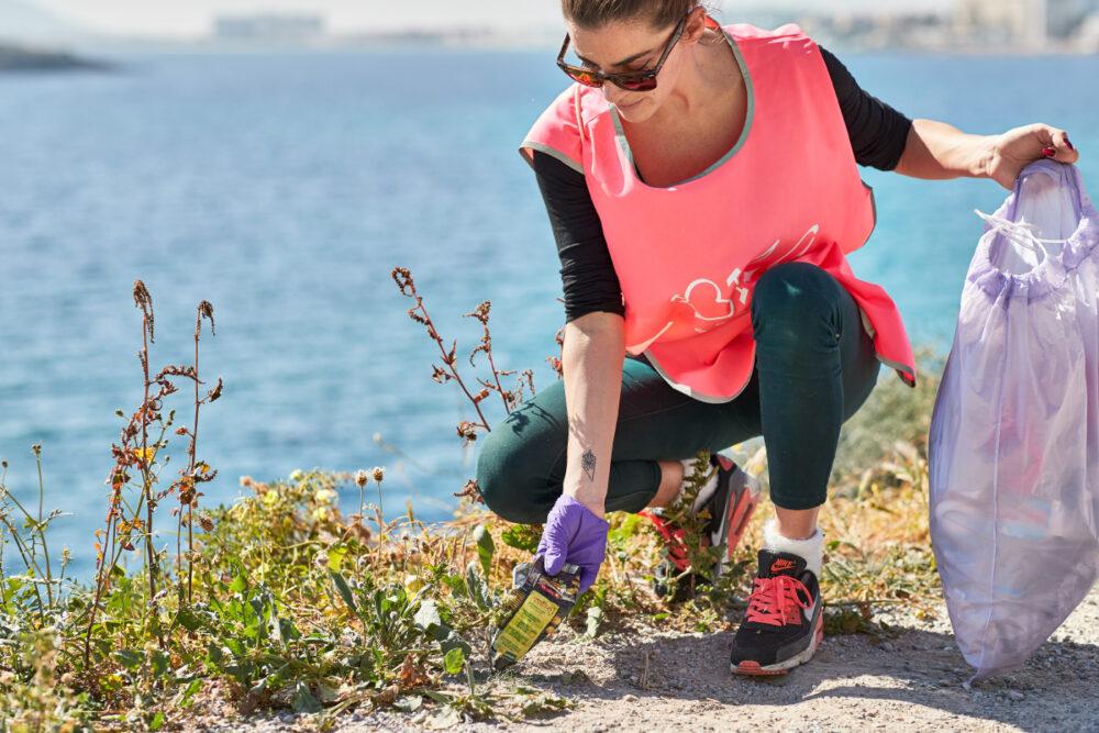 Plogging: una nueva tendencia en fitness que cuida el medio ambiente